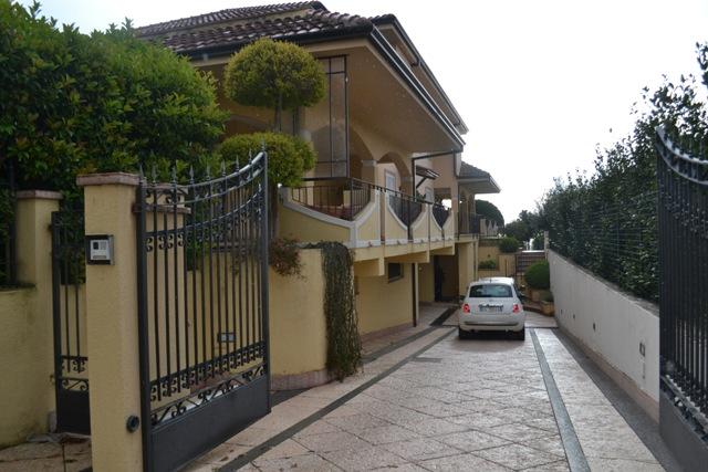 Продажа виллы в Италии, Скалея