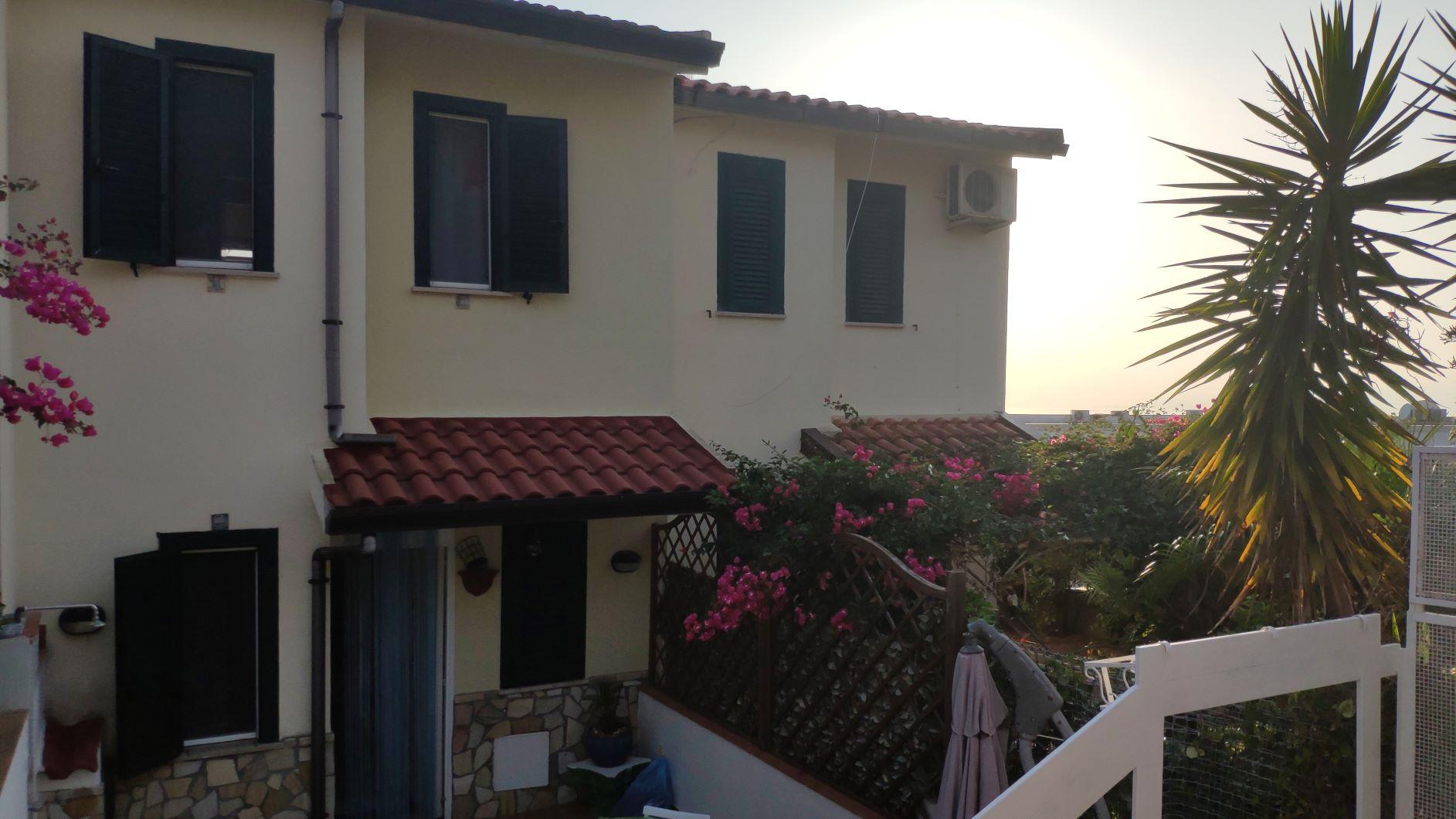 Продажа таунхауса в Италии, Скалея, Байя дель Карпино
