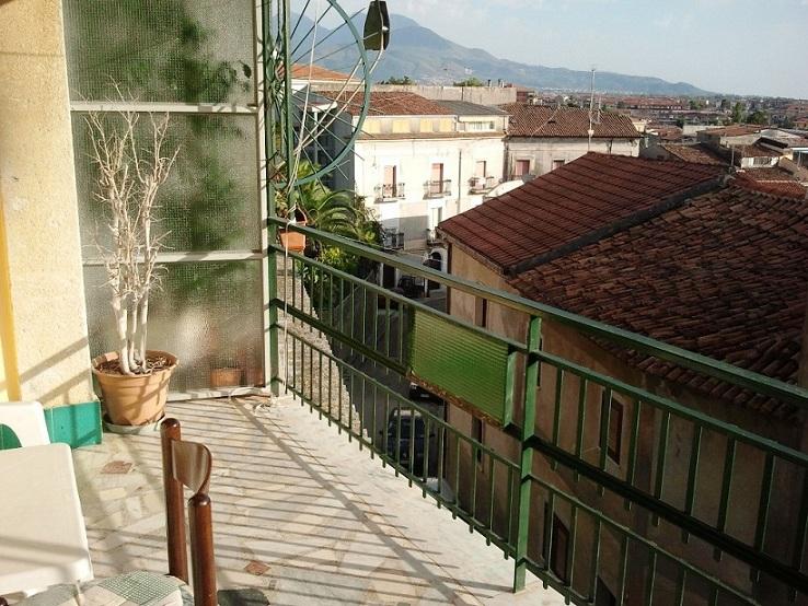 Прихожая. Квартира в Италии, город Скалея, центр, улица Vittorio Emanuele III