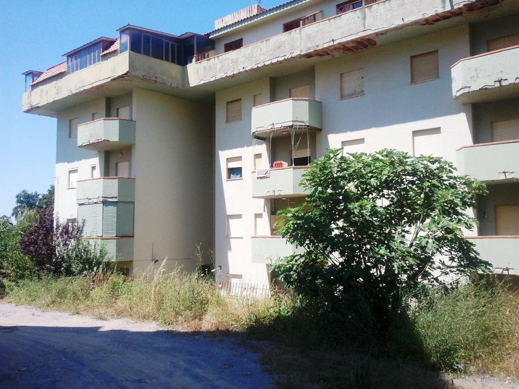 Недвижимость италия продажа