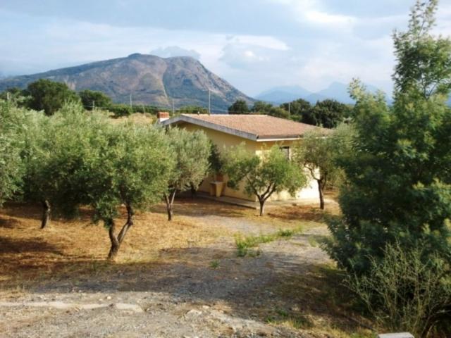 Фото виллы в Италии, Калабрия, Санта Доменика Талао