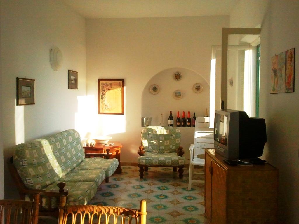 Продажа виллы в Италии, Скалея, Байя дель Карпино